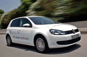 03-vw-golf-blue-e-motion-opt