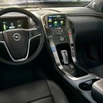 Opel_Ampera_Interior_View_992x425_am13_i02_022