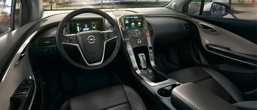 Opel_Ampera_Interior_View_992x425_am13_i02_022
