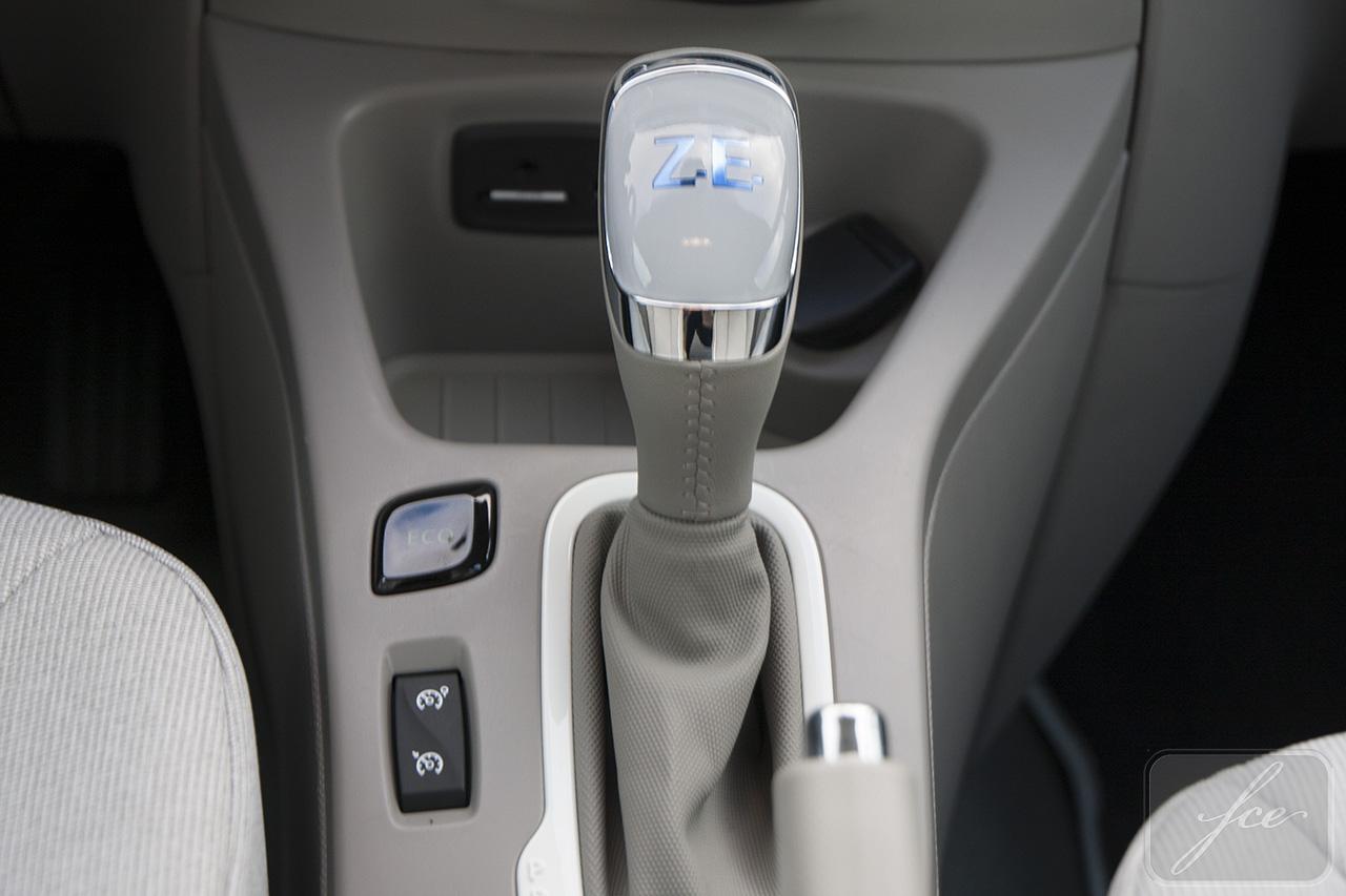 Renault-ZOE-palanca-de-cambios