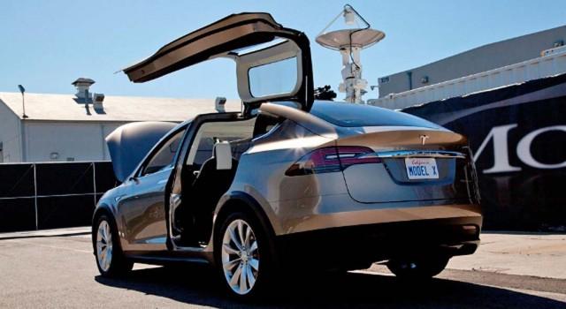 El Tesla Model X será el primer eléctrico que podrá llevar un remolque