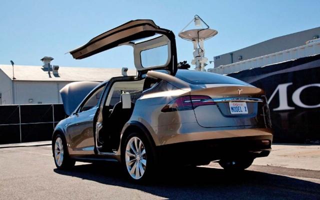 tesla-model-X-prototype-rear-left-side-view