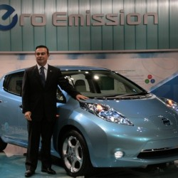 Nissan no fabricará coches eléctricos premium