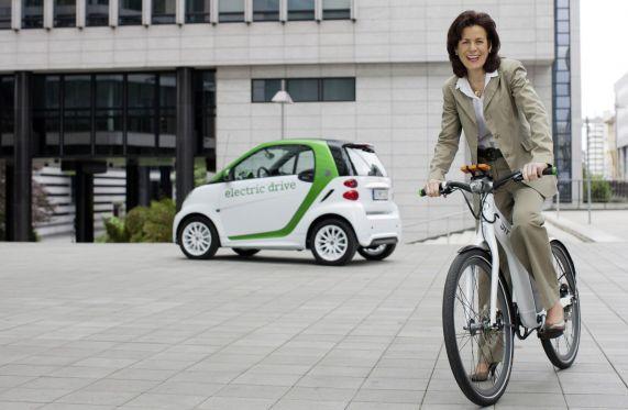 wpid-Third-generation-Smart-Fortwo-ED-ahead-of-Frankfurt-7