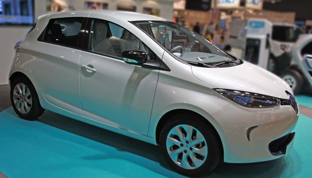 2013-Renault-ZOE-Front-2
