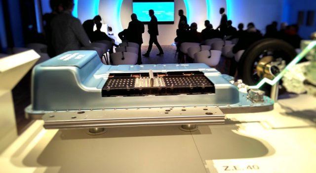 La Unión Europea hace un llamamiento para hacer el Airbus de las baterías para coches eléctricos. Unión de fabricantes para mejorar la competitividad