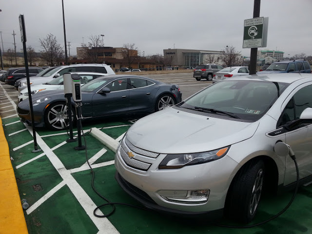 Paneles-solares-coche-electrico-Volt-consumo