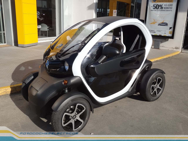 01 Renault Twizy 567