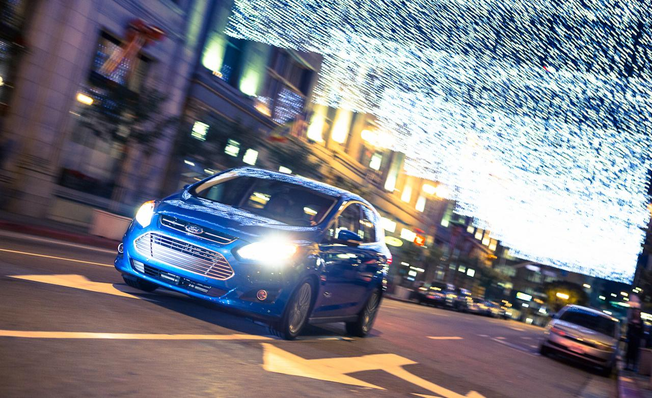 2013-ford-c-max-energi-plug-in-hybrid-photo-513685-s-1280x782