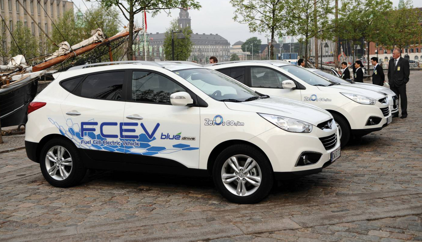 2014_hyundai_ix35_fuel_cell_03-0928