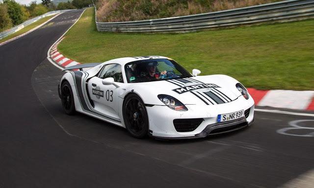 Porsche-918-Spyder-nurburginr-record
