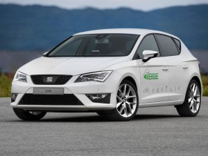 SEAT-Leon-Verde-hibrido