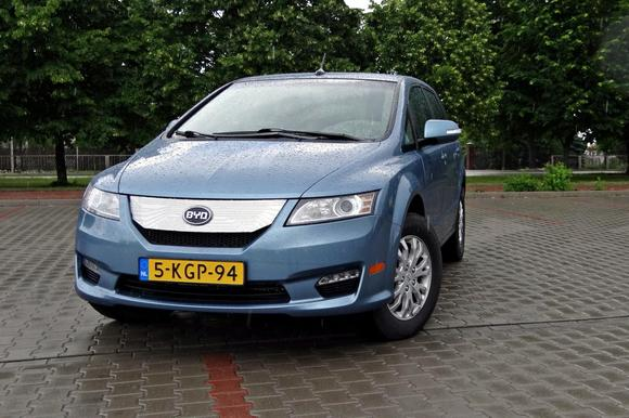 byd_e6_elektryczne_auto_z_16614243