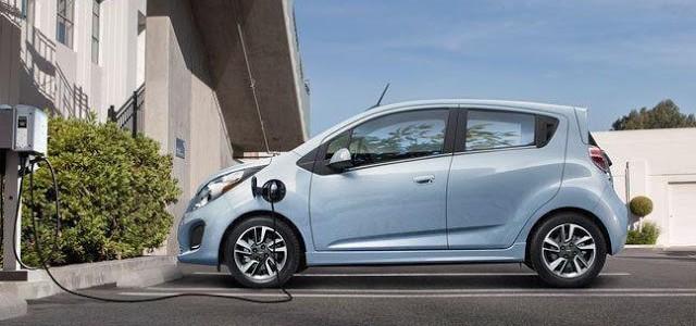 California quiere que el coche eléctrico sea lo más accesible posible para todas las rentas