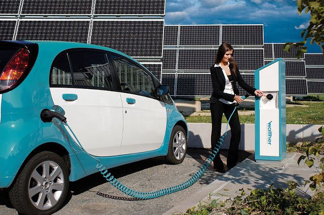 electric-car-refueling
