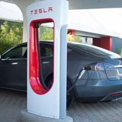 Tres de los once supercargadores de Tesla más activos el último mes están en Europa