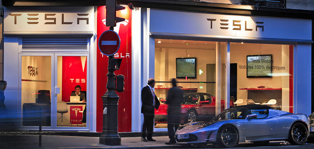tesla-paris-store