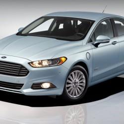La versión híbrida enchufable se lleva 1 de cada 10 ventas del Ford Fusion