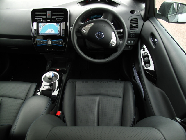 Prueba-Nissan-Leaf-London-interior