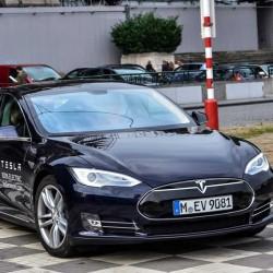 Tesla quiere vender 10.000 unidades al año del Model S en Alemania
