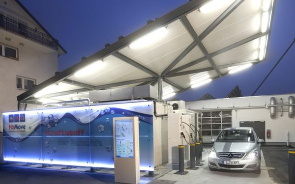 hydrogen-solar-filling-station