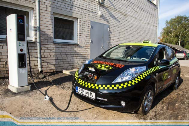 nissan-leaf-taxi-estonia-03