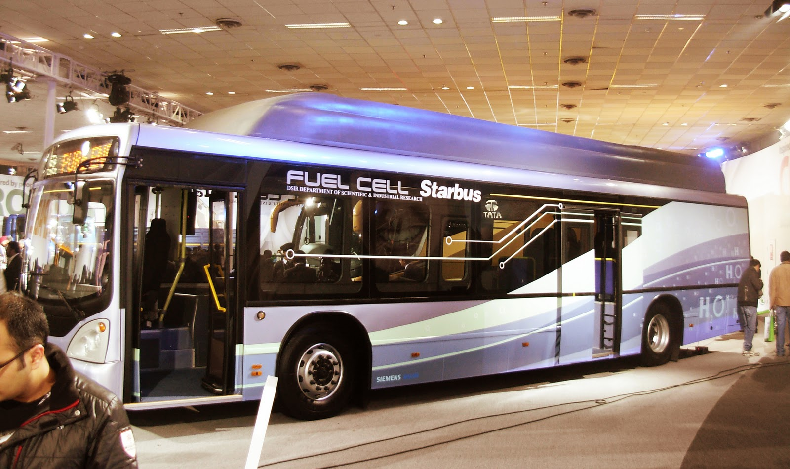 tata-fuel-cell-bus-2