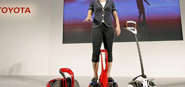 Toyota se atreve con el concepto Segway