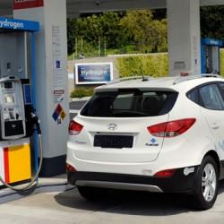 ¿Cuanto costará repostar un coche a hidrógeno en España? Hyundai dice que más que un gasolina