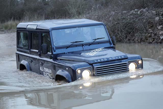 Land-Rover-Defender-Electrico-2