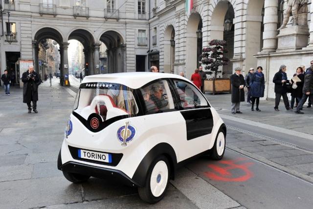 P-MOB-coche-electrico-solar-2
