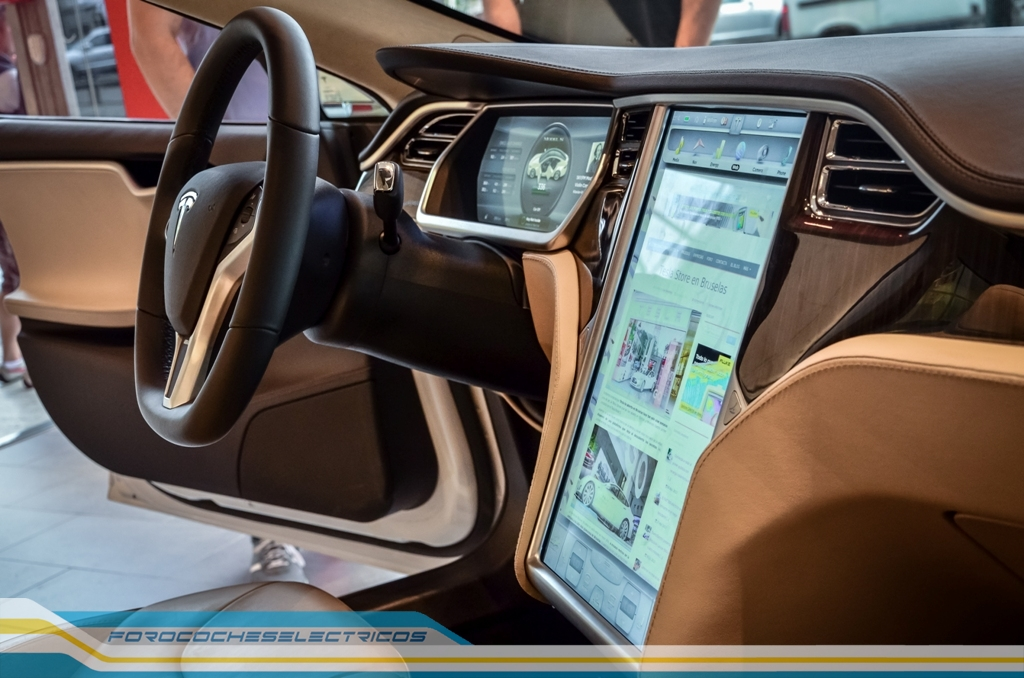 Tesla-Model-S-Bruselas-13