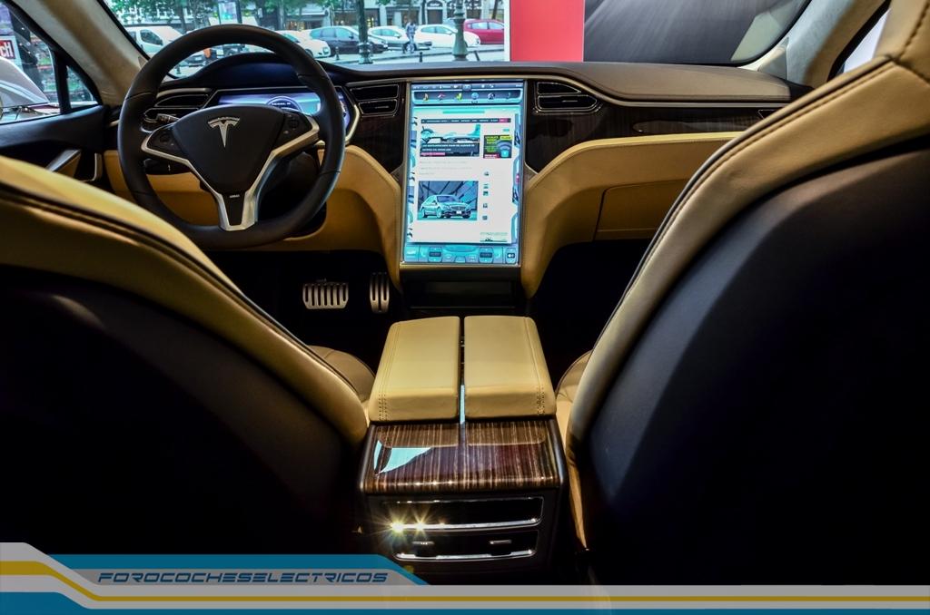 Tesla-Model-S-Bruselas-2