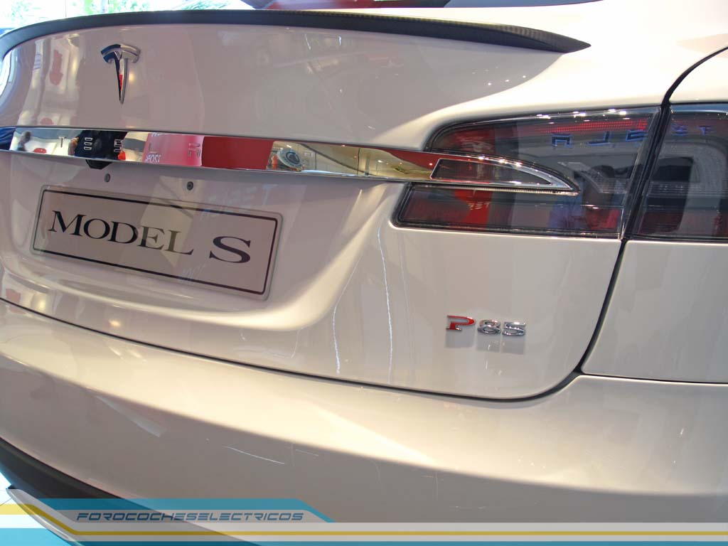 tesla-model-s-bruselas-27