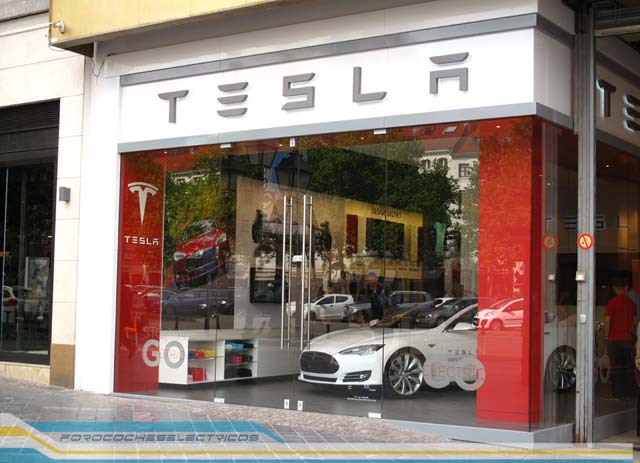 tesla-model-s-brusels-shop