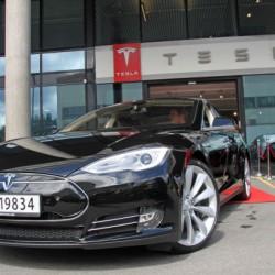 Tesla abrirá tienda en Barcelona