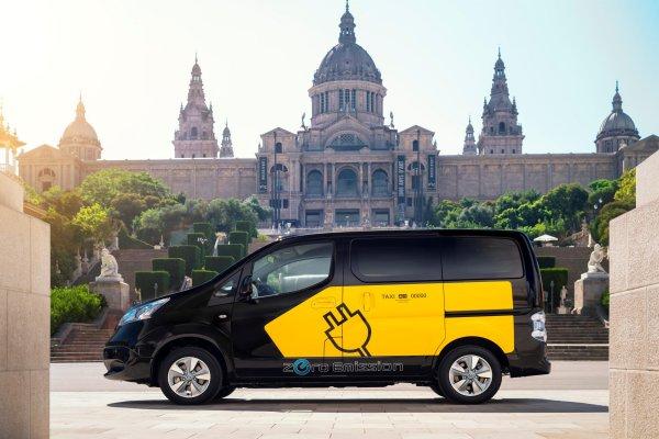 Barcelona Taxi e-NV200