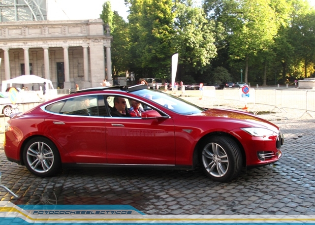 Bruselas113-Tesla-Model-S