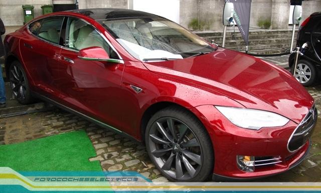 Bruselas46-Tesla-Model-S