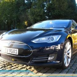 Teslanaires, millonarios gracias a Tesla, pero también inversores comprometidos