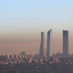 Madrid se compromete a prohibir la circulación de coches diésel a partir de 2025
