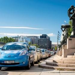 Noruega se prepara para quitar privilegios a los coches eléctricos, por culpa de su éxito de ventas