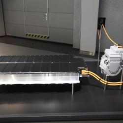 BMW quiere almacenar energía solar reciclando baterías de los coches eléctricos