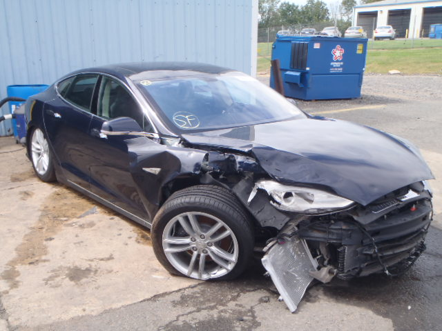 tesla model s desguace