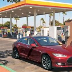 La petrolera Shell instalará puntos de recarga en sus gasolineras de Europa
