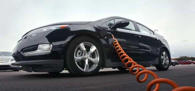 Los coches eléctricos ofrecen más información de la que se muestra en pantalla