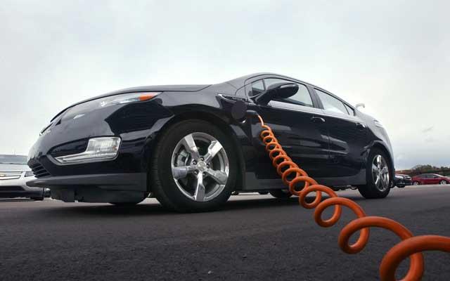 2013-Chevrolet-Volt-OnStar-EcoHub-App-image-1