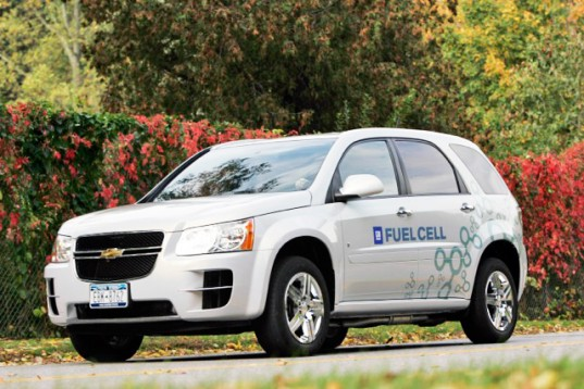 Chevy_Equinox_Fuel_Cell_lead-537x358