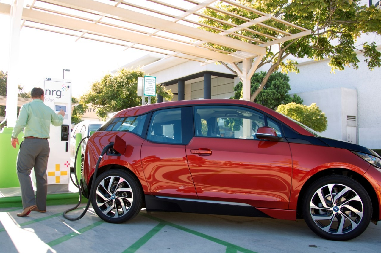 bmw-i3-dc-fast-charge-sae-combo-charger-4-1