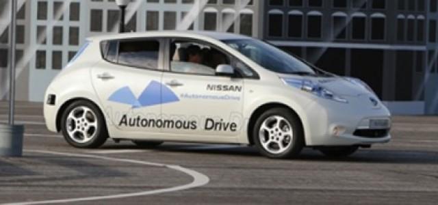 Carlos Ghosn le pone freno al coche autónomo